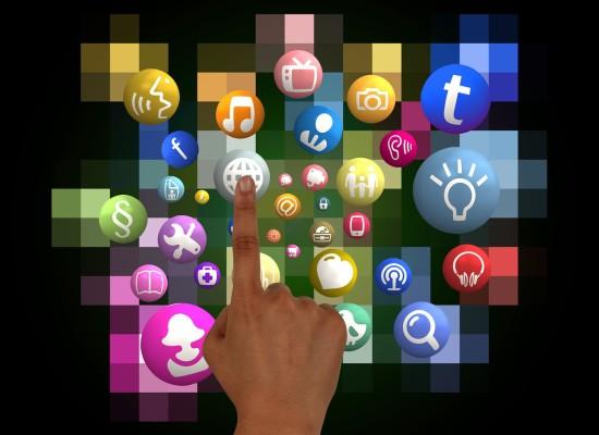 finger-1264881_1280